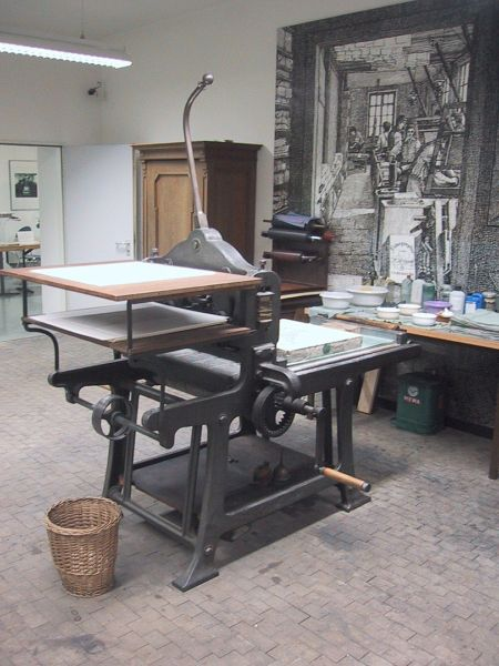 Lithography press for printing maps in Munich